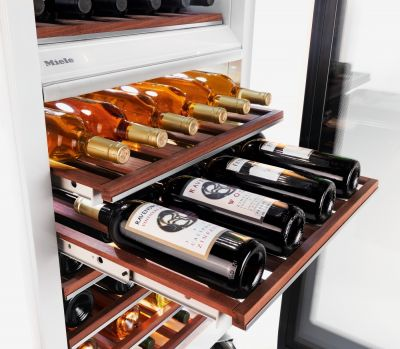 KWT 1602 Vi R01 Ankastre MasterCool Şarap Saklama Dolabı